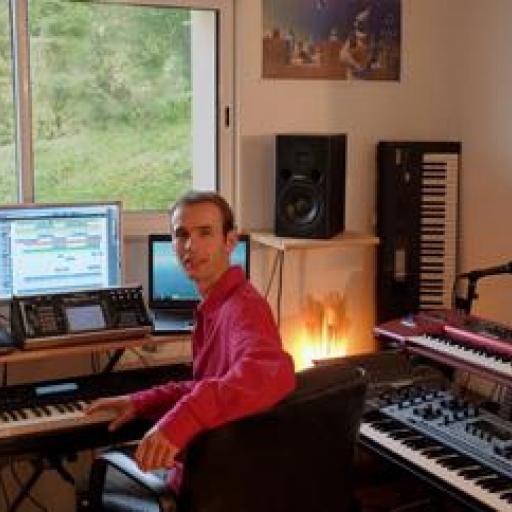Редактировать музыку онлайн